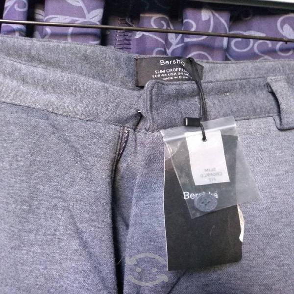 Pantalón bershka talla 34 original nuevo