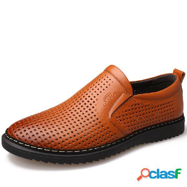 Zapatos tejidos antideslizantes transpirables de cuero de estilo del tejido hueco de los hombres