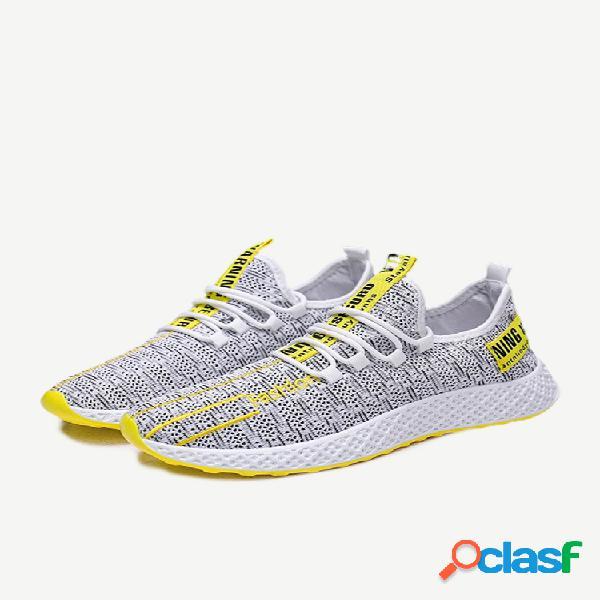 Nuevos zapatos tejidos voladores, zapatos deportivos transpirables de malla para hombres, zapatos casuales para correr para hombres, zapatos para estudiantes, generación de mareas