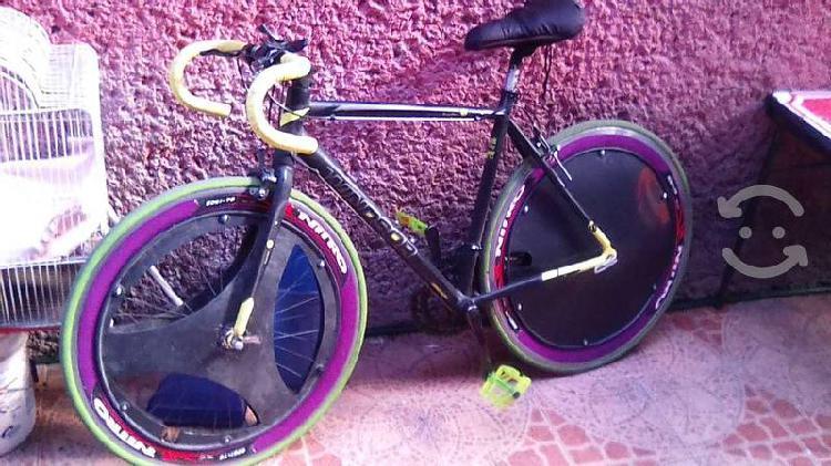 Bicicleta ruta windsor renzzo aluminio rodada 700