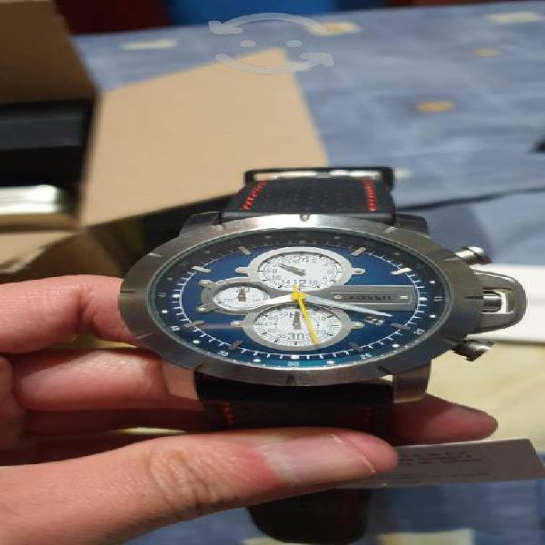 Set de relojes usados, algunos no tienen pila.