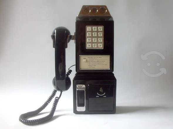 Teléfono tipo antiguo