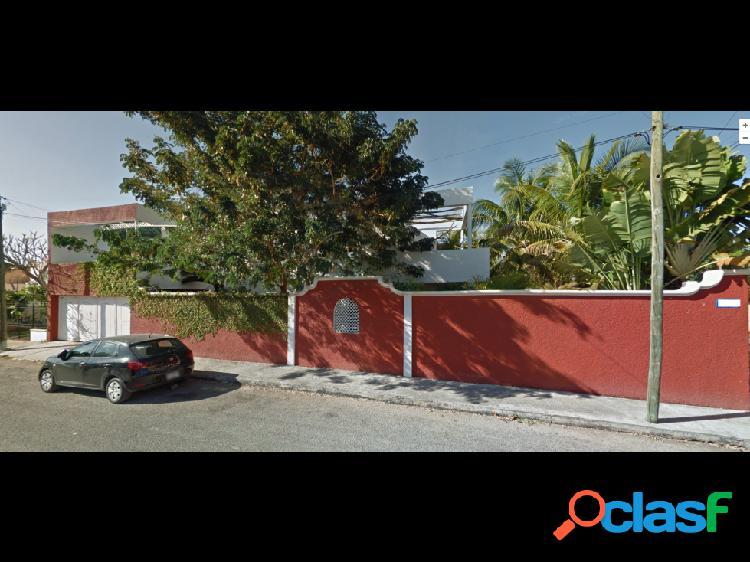 Casa en loma bonita xcumpich en esquina, 3 recamaras, 2 ½ baños