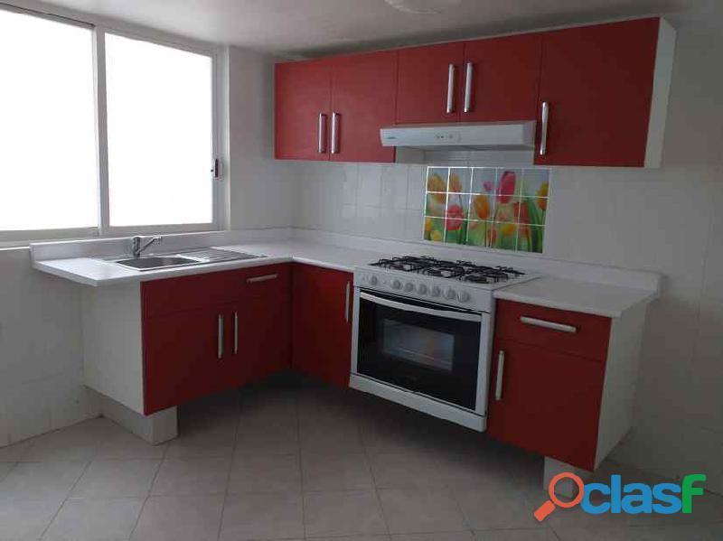 Rento casa muy amplia en Hacienda de Echegaray 2