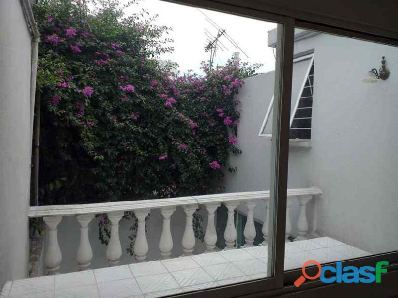 Rento casa muy amplia en Hacienda de Echegaray 10