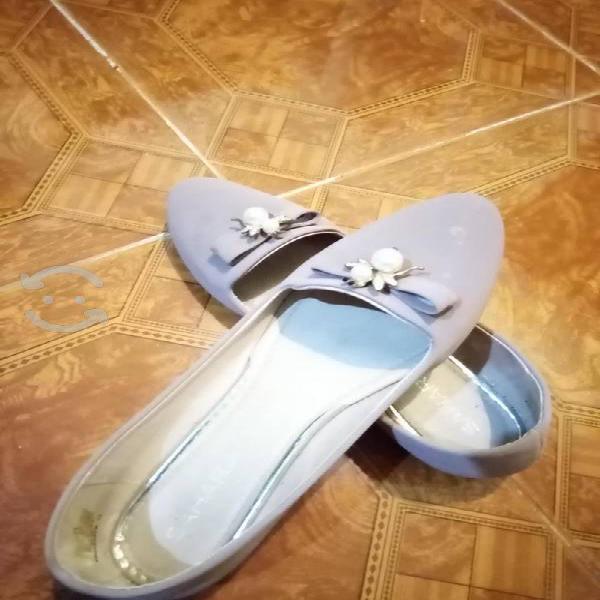 Bonitos zapatos de piso #3 y medio