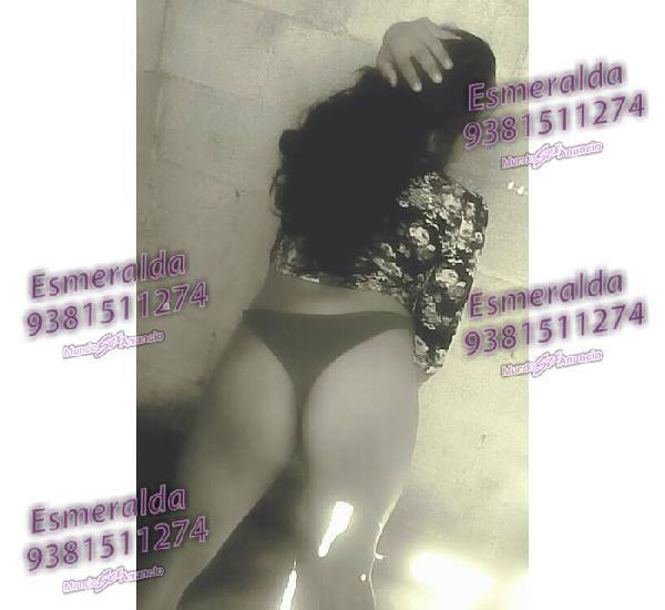 Esmeralda La Traga Leche y Traga Verga por Su Culo
