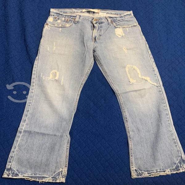 Levis 527 low boot cut