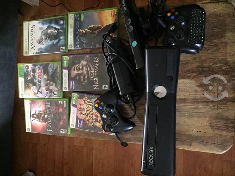 Xbox 360 slim con juegos, accesorios