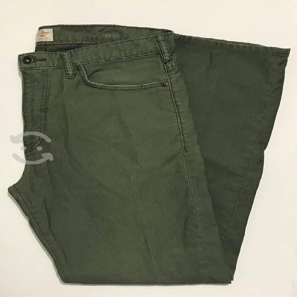 Pantalón dockers straight fit