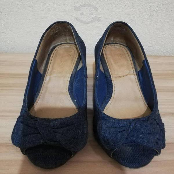 Zapatos azules # 23, material textil