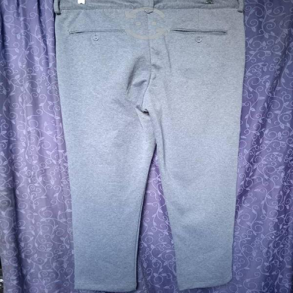 Pantalón bershka talla 34 nuevo original