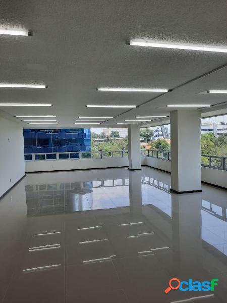 Edificio de oficinas en renta, excelente ubicacion y costo