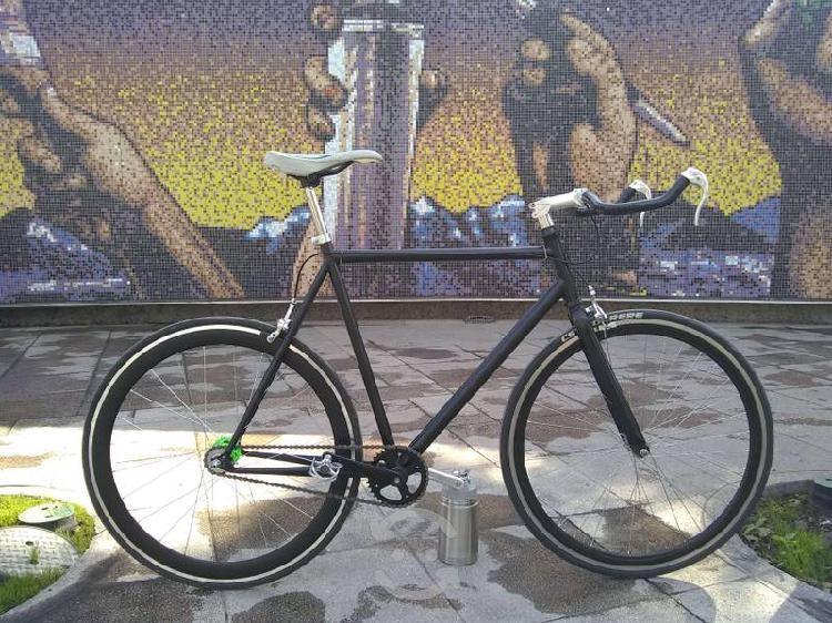 Bicicleta cuernuda
