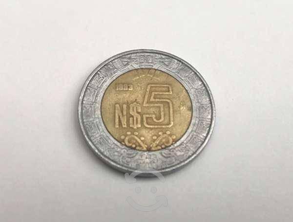 Moneda cinco nuevos pesos
