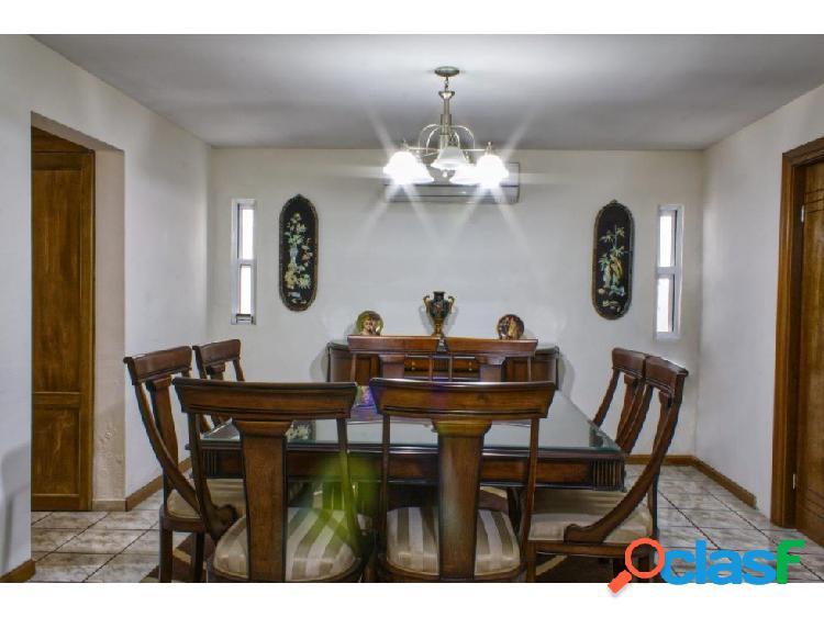 Linda Casa en venta con recámara planta baja Hda. San Rafael Saltillo 2