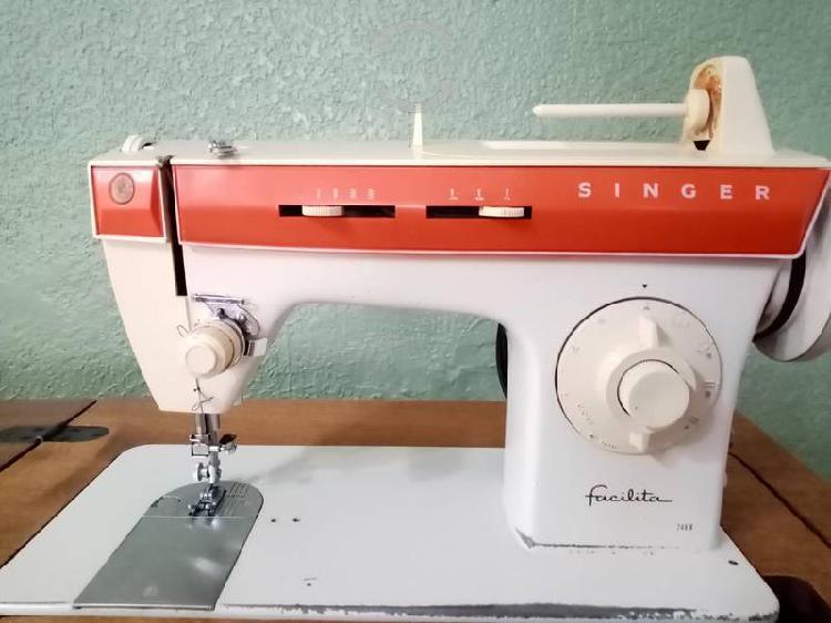 Maquina de coser singer facilita+maquina automatic