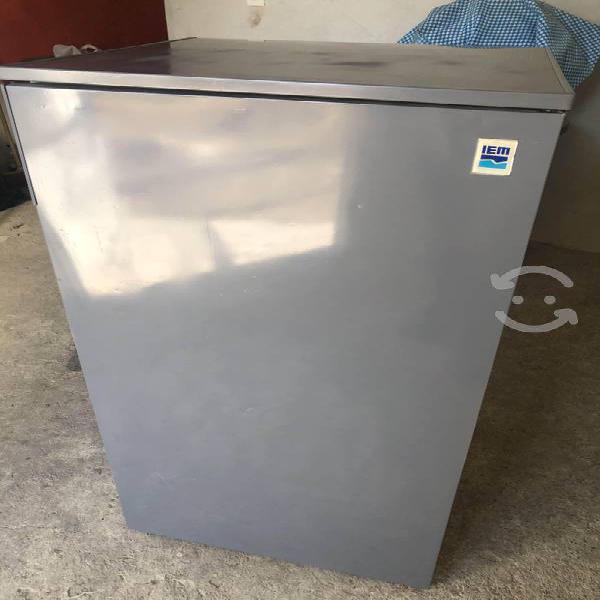 Refrigerador iem 7 pies