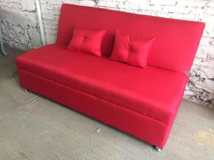 Sofa cama con 2 cojines