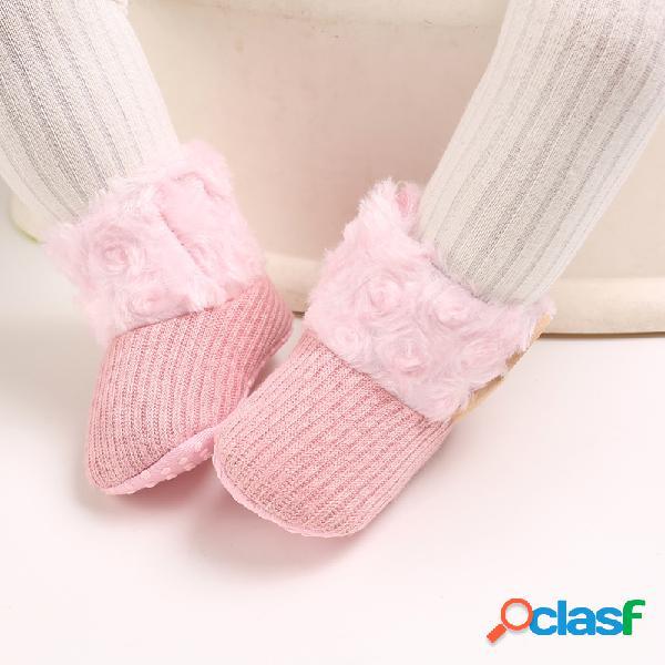 Zapatos para bebés pequeños bonitos y cómodos felpa cálidos antideslizantes soft suela gancho loop snow botas