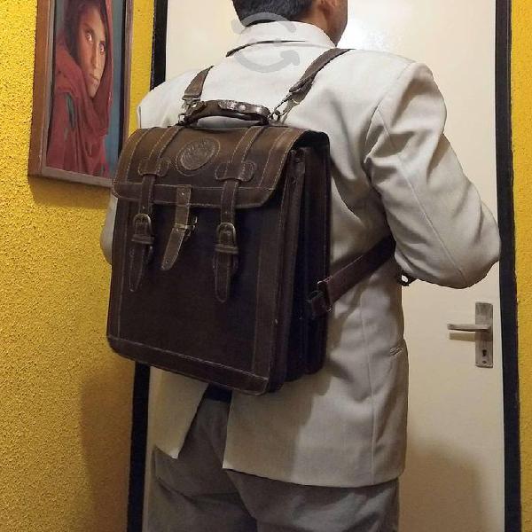Backpack/maletín 100% piel p/lap tablet doctos