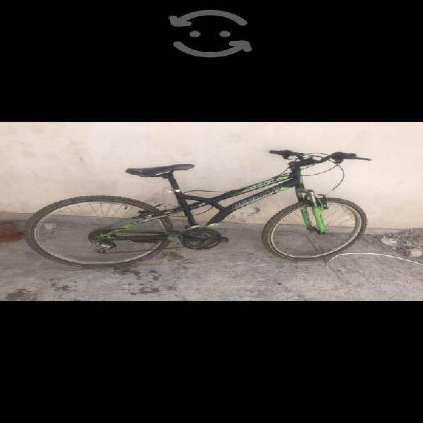 Bicicleta benotto r24