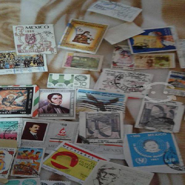 Estampillas postales y monedas de los 80's