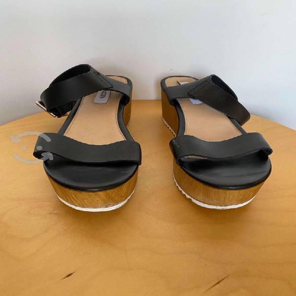 Sandalias cuero negro con plataforma steve madden