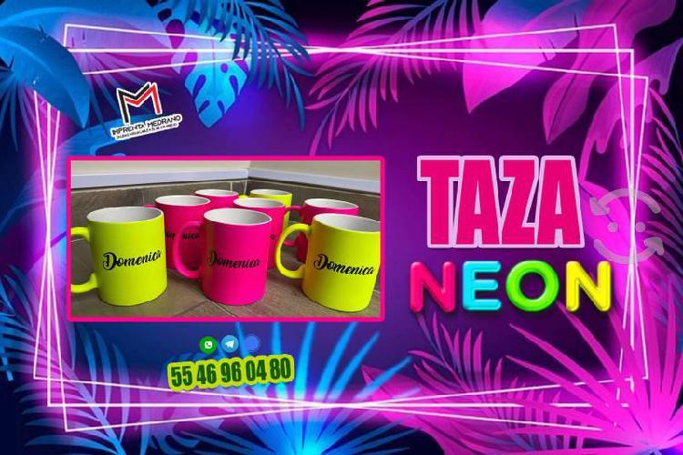 Taza neon personalizada como tu quieras