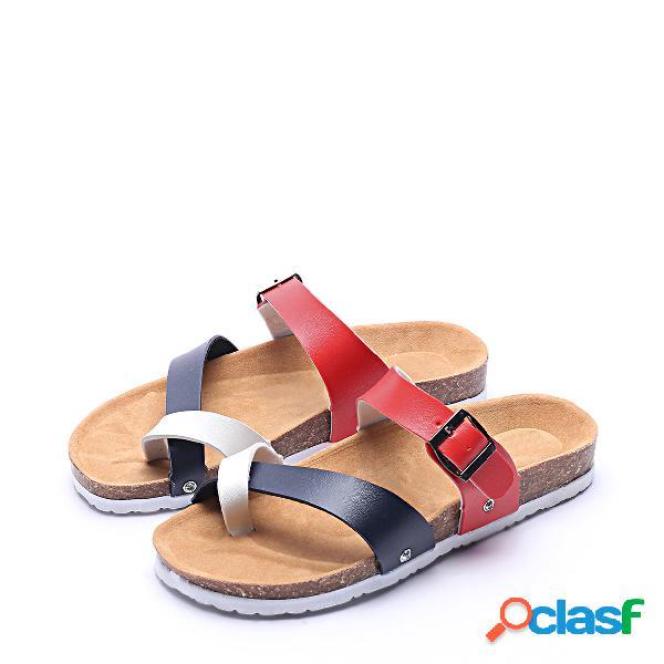 Contrato de color moda hebilla metálica sandalias