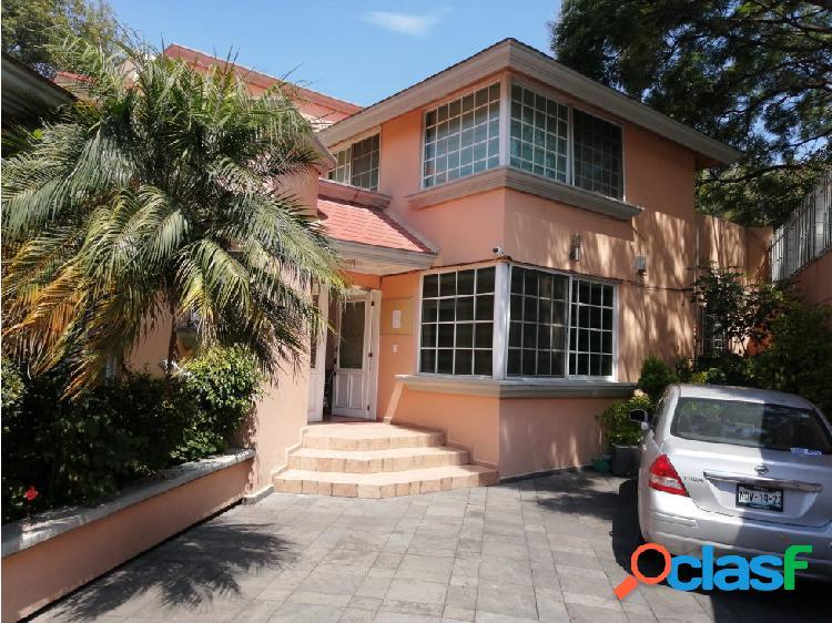 Excelente casa ideal para desarrollo de 675 m2 terreno