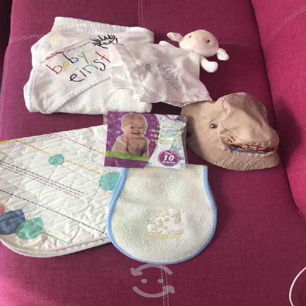 Paquete de artículos para bebé
