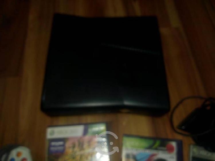 Xbox 360 eslim con kinect