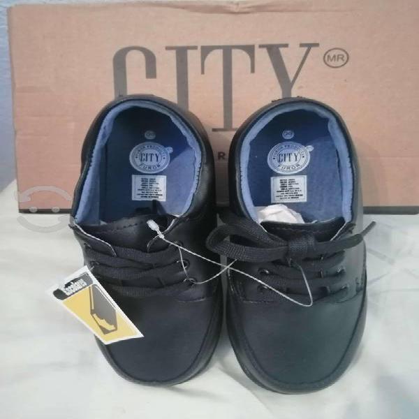 Zapatos furor para niño color negro