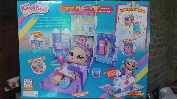 Bebé original kindykids enfermera