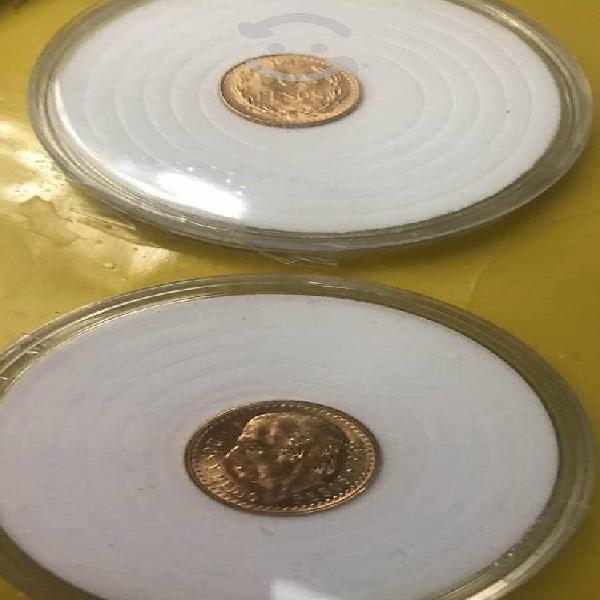 Monedas de 2 y dos y medio pesos en oro de 22k