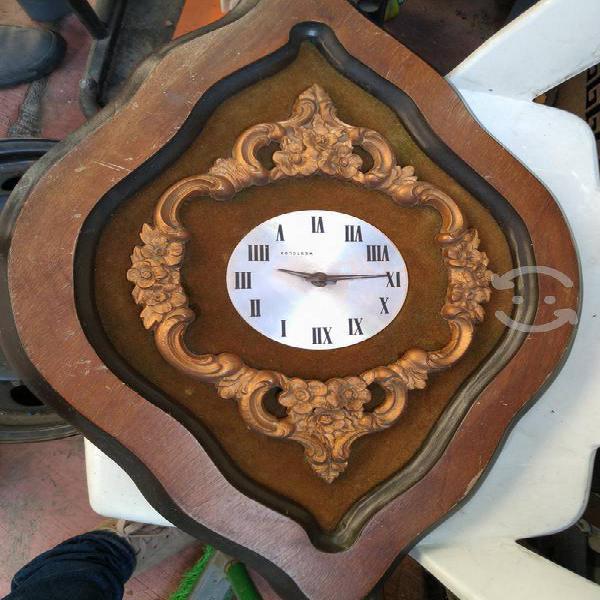 Reloj antigüo westclox