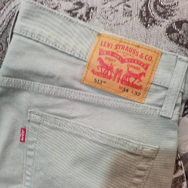 Pantolon levis modelo 513 original