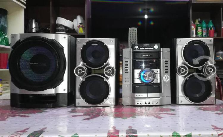 Potente estéreo sony genezi hi-fi
