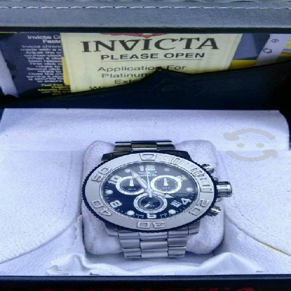 Reloj invicta suizo