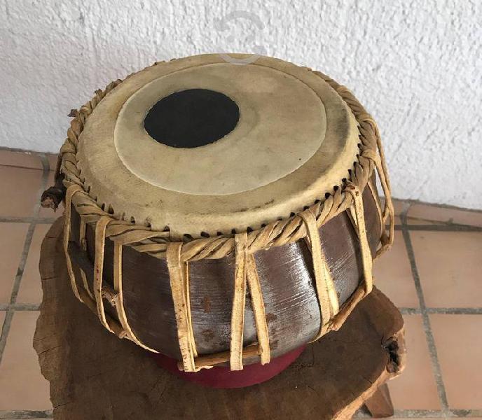 Exóticos tambores tabla de la india