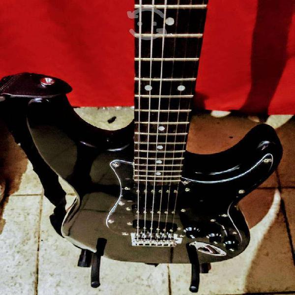 Guitarra electrica bellator nueva!