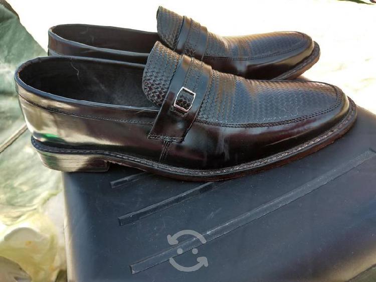 Zapatos con suela de baqueta
