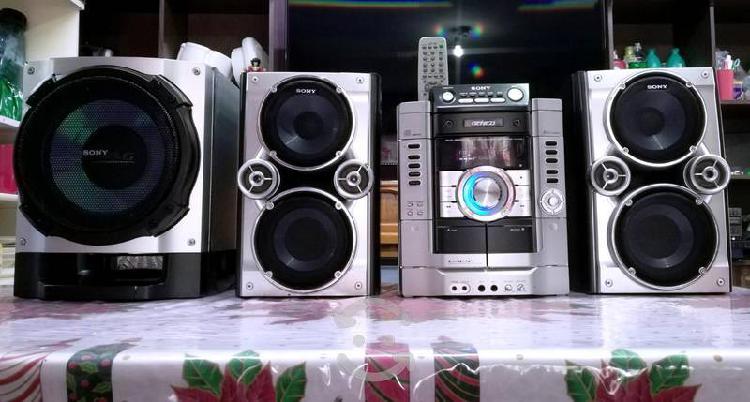 Estéreo sony genezi hi-fi para usar como amplifica