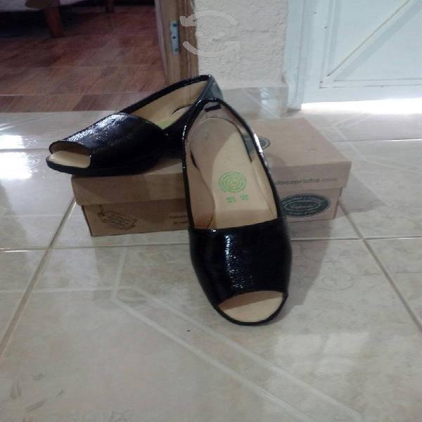 Elegantes y comodos zapatos de piel!