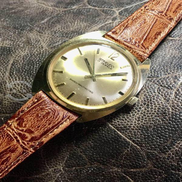 Hermoso reloj steelco cuerda 17 rubies