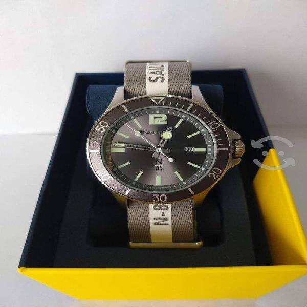 Reloj nuevo caballero náutica con fechador