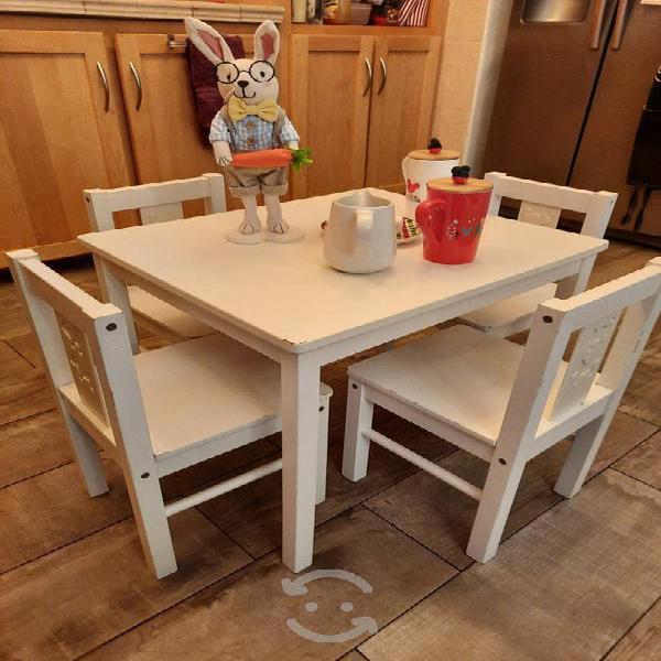 Juego mesa y sillas blanco, preescolar