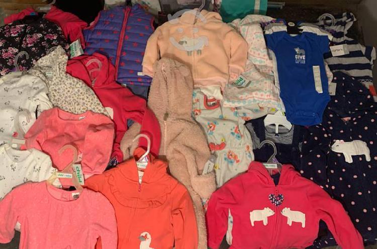 Lote de 22 pzs de ropa nueva carters niño y niña