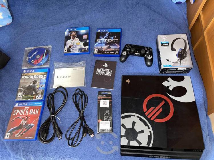 Playstation 4 pro y accesorios